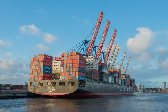 container-ship-596083_960_720.jpg
